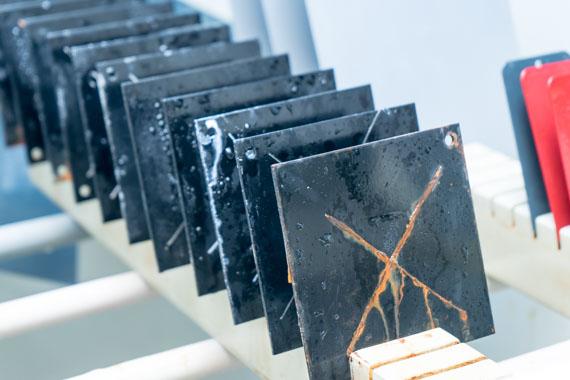 ASTM B117 of ISO 9227 testen met zoutsproeitest